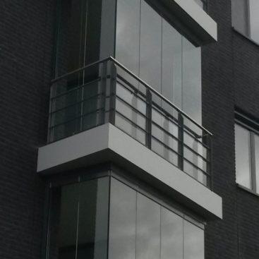 Balkon beglazing Sprang Capelle